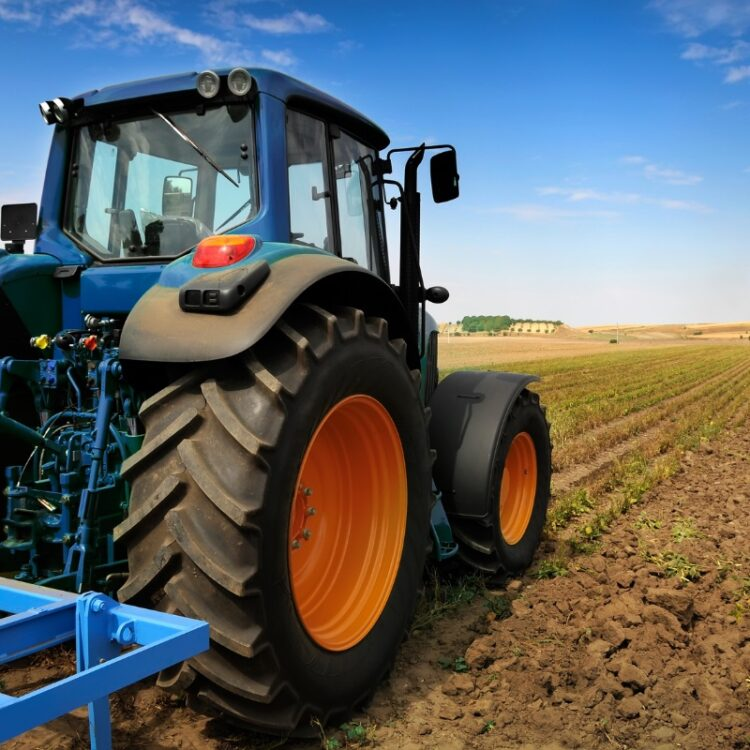 gallery-tractor-01-1-750x750